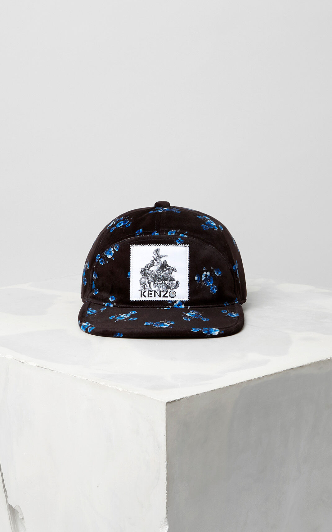 BLACK May Flowers' Velvet Cap for unisex KENZO