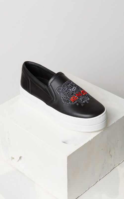 BLACK Tiger slip-on leather platform for women KENZO