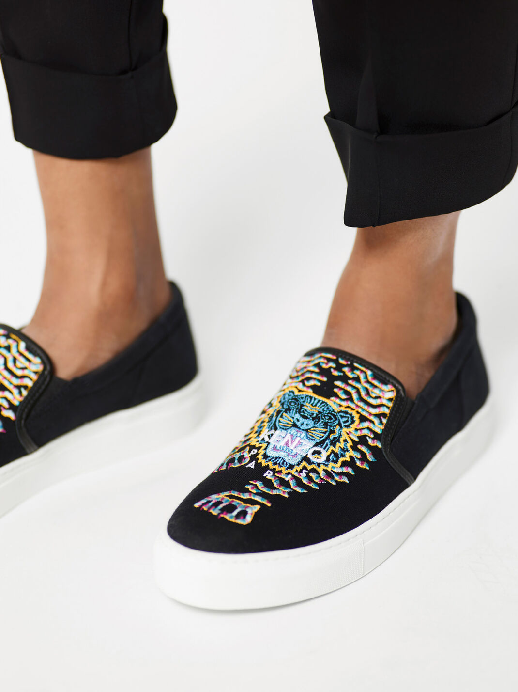 BLACK Géo-Tiger x Rainbow' Slip-on for women KENZO