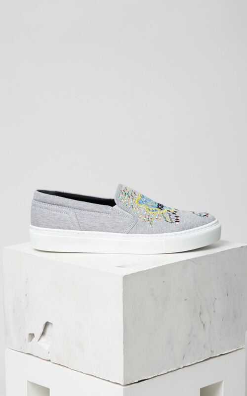DOVE GREY Géo-Tiger x Rainbow' Slip-on for women KENZO