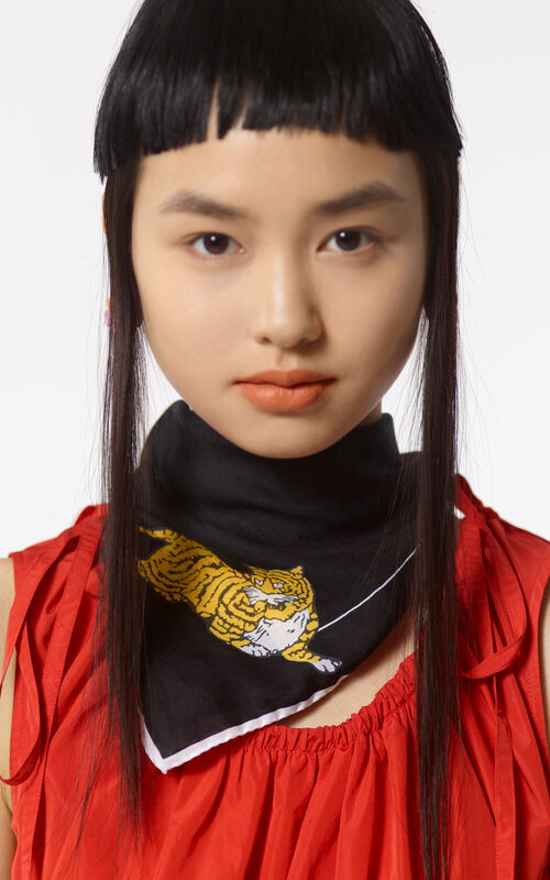 BLACK 'Jumping Tiger' bandana for women KENZO