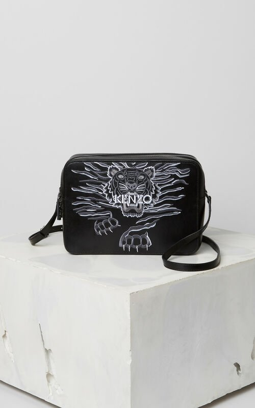 BLACK 'Crawling Tiger' camera bag for women KENZO