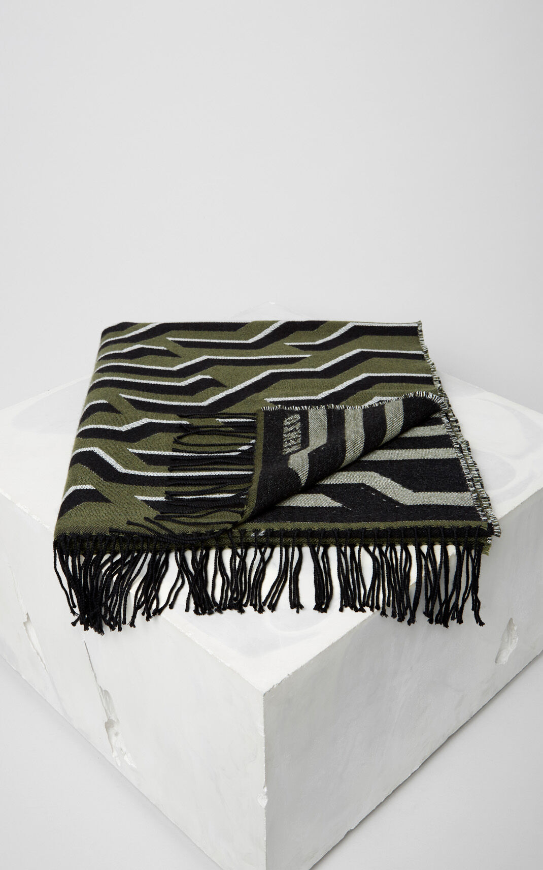 DARK KHAKI Geo Tiger Wool Scarf for unisex KENZO