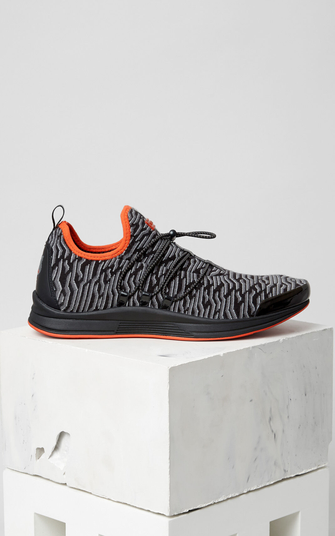 BLACK Ozon x Geo Tiger Sneaker for men KENZO