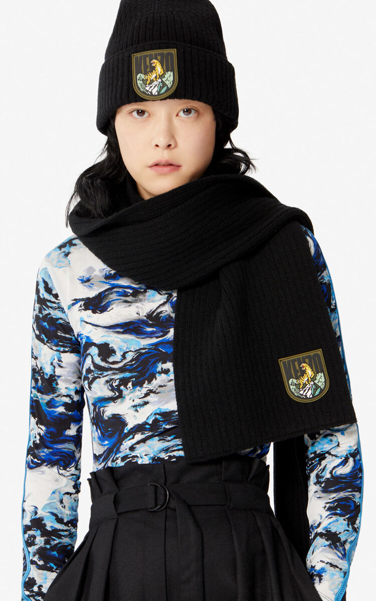 BLACK Woollen 'Tiger Mountain' 'Capsule Expedition' scarf for unisex KENZO