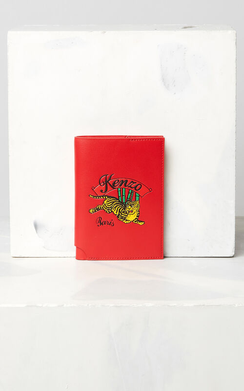 MEDIUM RED 'Jumping Tiger' leather passport holder for men KENZO