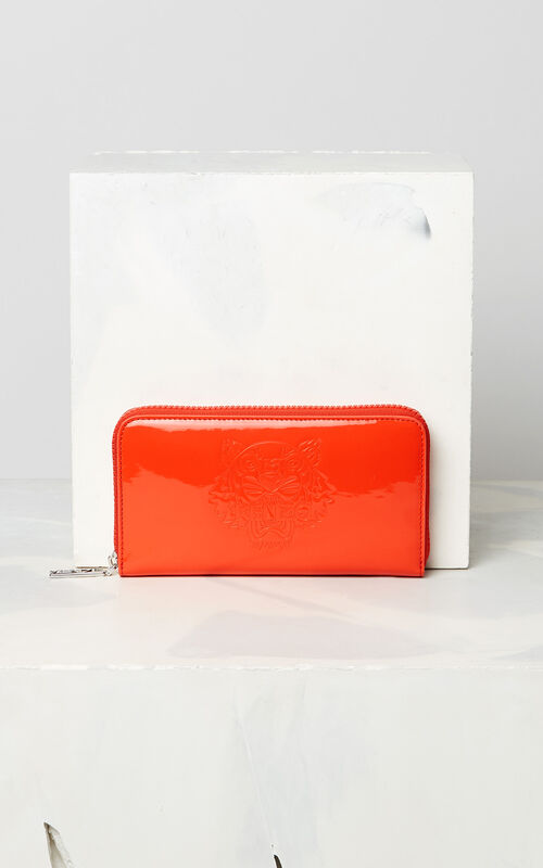 MEDIUM RED Patent Tiger wallet for unisex KENZO