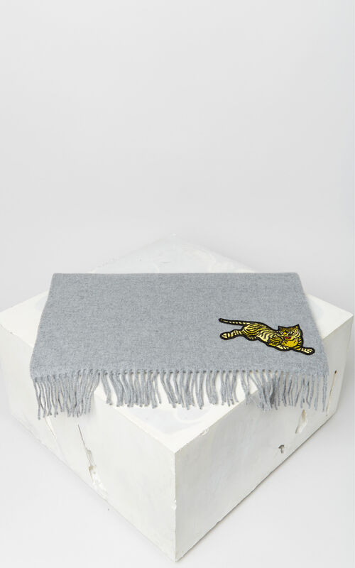 GLACIER 'Jumping Tiger' wool scarf for unisex KENZO