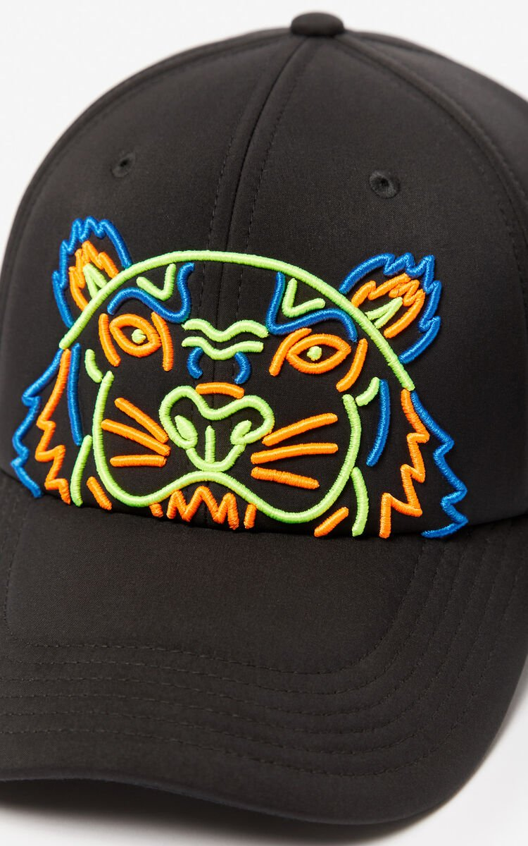 BLACK Tiger neoprene cap for unisex KENZO