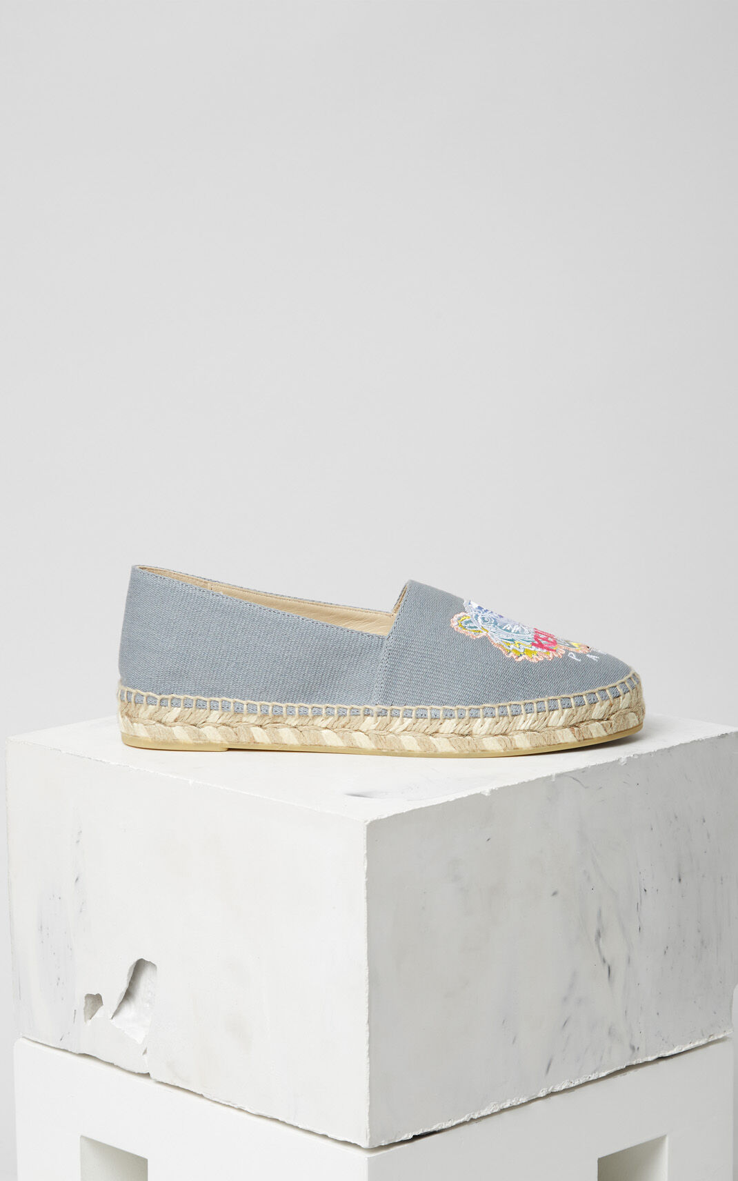DOVE GREY 'Rainbow' Tiger Espadrilles for women KENZO
