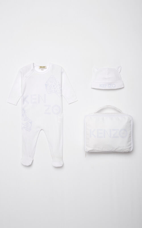 PEARL GREY 'Tiger Friends' sleepsuit and hat set for unisex KENZO