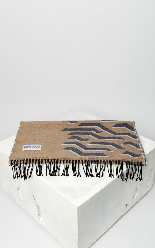 DARK CAMEL 'Geo Tiger' wool scarf for unisex KENZO